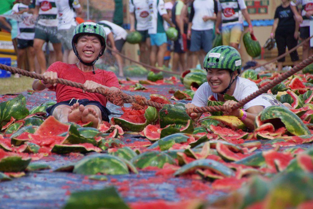 سفر به فستیوال های عجیب دنیا