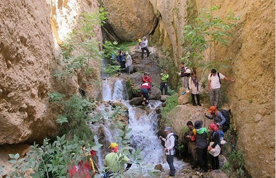 http://safarbin.ir/photoart/gahar5.jpg