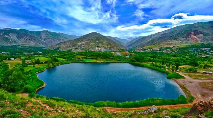http://safarbin.ir/photoart/gahar7.jpg