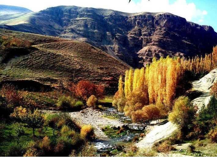 منطقه گلدشت زیباترین تفرجگاه لرستان