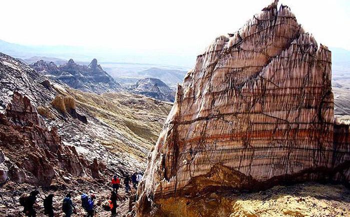 جاشک زیباترین گنبد نمکی ایران
