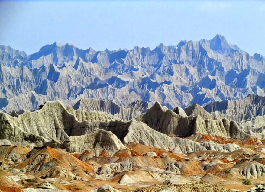 سفری شگرف به کوه های مریخی چابهار