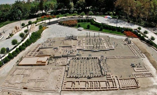 باغ موزه مینیاتورنمایش میراث جهانی ایران