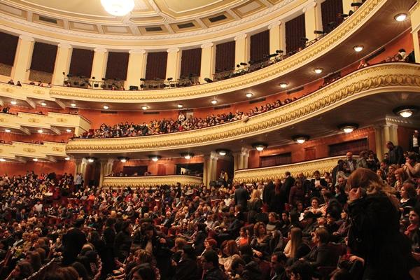 تالار ملی اپرای ارمنستان زیباترین سازه شهر ایروان