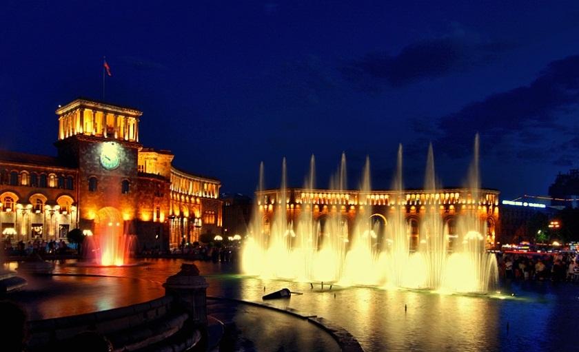 سفربه تاریخ کشور ارمنستان